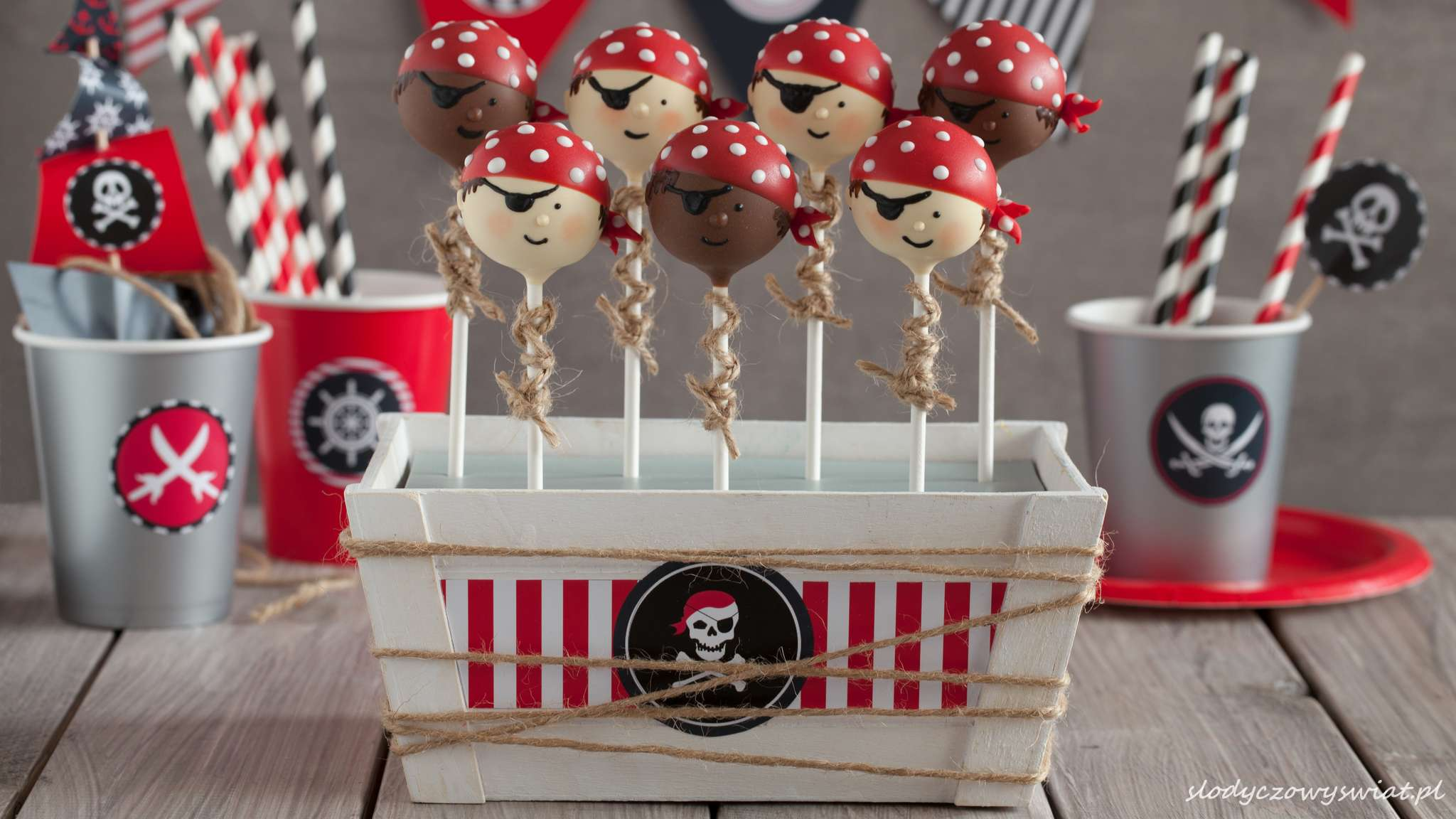 Pirackie cake pops