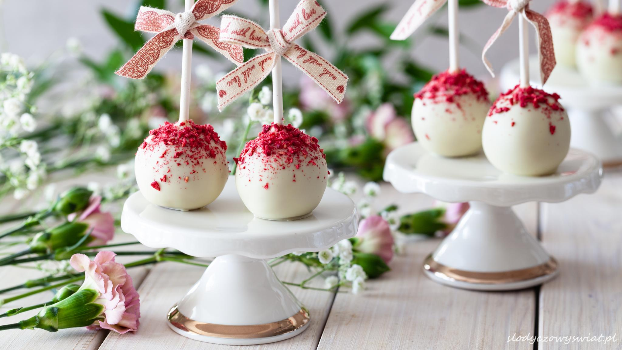 Malinowe cake pops