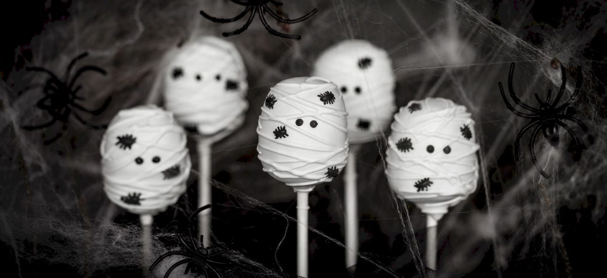 Mumie cake pops